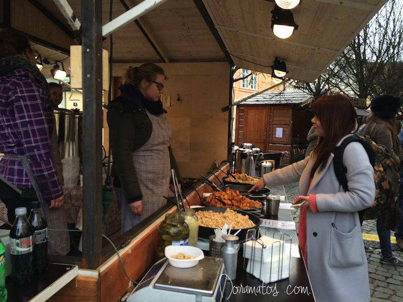 Mercado de Rua Malá Strana | Doramatos.com