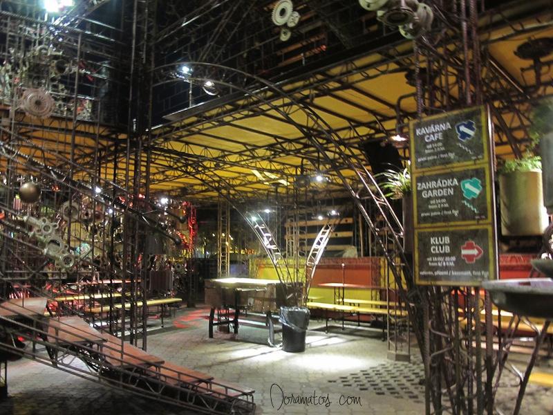 Crossclub - Praga| Doramatos.com