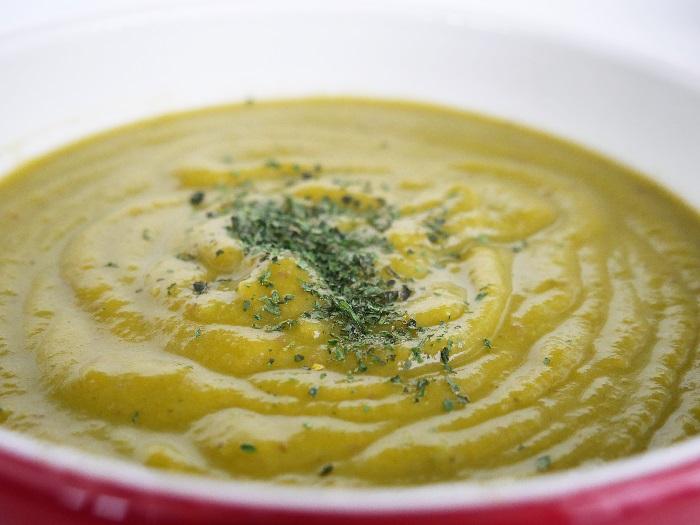 Sopa de Bróculos e Ervilhas   Doramatos.com