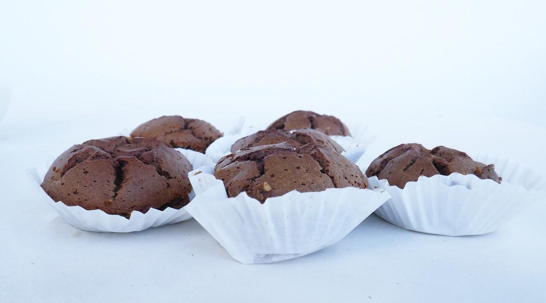 Muffins de Matcha e Cacau com banana, para os gulosos | Doramatos.com